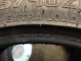 225/40zr/18 - 92 w xl Extra load tyres x2