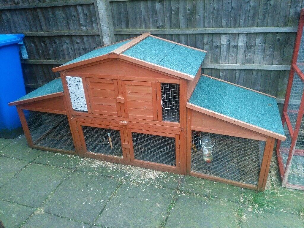 Chicken coop / rabbit hutch with run attached