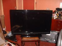 "40"" lcd tv with built in freeview"