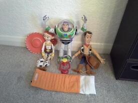 woody jessie buzz dolls