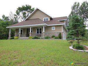 465 900$ - Bungalow à vendre à Val-Des-Monts Gatineau Ottawa / Gatineau Area image 1