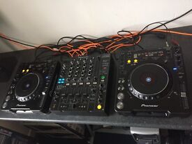 Full Pioneer CDJ Set Up - 2 x CDJ 1000 Mk3s and Pioneer DJM 800