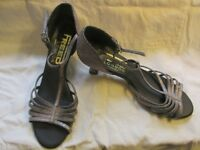 Strappy Glitter Dance Shoes by Freed, size 6