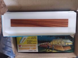 12v DC transistorized fluorescent Lamps 2 x 6watt bulbs, caravan, camper, boat etc x2 lights
