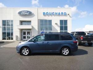 2016 Toyota Sienna 8 PASSAGER LE