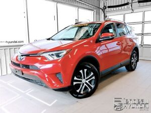 2016 Toyota RAV4 LE + AWD + A/C + BLUETOOTH + CAMERA RECUL
