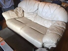 Good, Used, Sofa to Sell in Stoke Newington