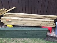 34 timber / fencing slats & some offcuts 1800 long x 100 mm. Ideal fencing , planters etc