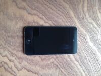 iPod touch 4 gen, great condition, mint screen 16 gb