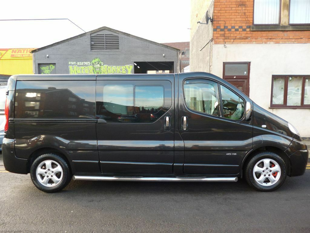 No Vat Renault Trafic Lwb Sport 6 Seater Factory Fitted