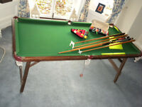 Childs Foldaway Pool/Snooker Table with Cues/Cue Rests & Balls