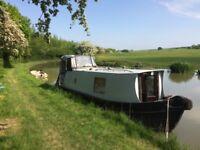 25ft Narrow Boat, 1999 Hallmark, BSS & Survey, new batteries & calorifier, nice little dayboat