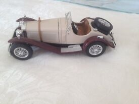 1/8 scale mercedes . car . ssk 1928 burago