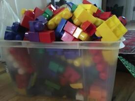 Wholesale joblot of children's building bricks approx 330 bricks