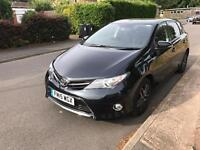Toyota Auris 2015 Very high spec