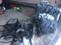 Suzuki GSXR750 WN engine carbs radiator and electrics