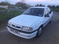 Vauxhall cavalier 2.0 LS 46000 genuine miles, 1 previous owner, 10 months MOT