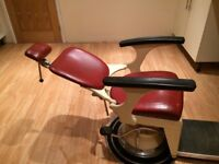 Vintage barbers chair in great condition, fully working