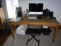 Oak style desk