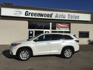 2015 Toyota Highlander LE 7 SEATER! BACKUP CAM! AWD! CALL TODAY!