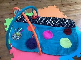Mamas & Papas playmat
