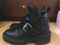 Zara boots size 39 (6-6.5)