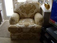Barker & Stonehouse 3 piece suite in excellent condition