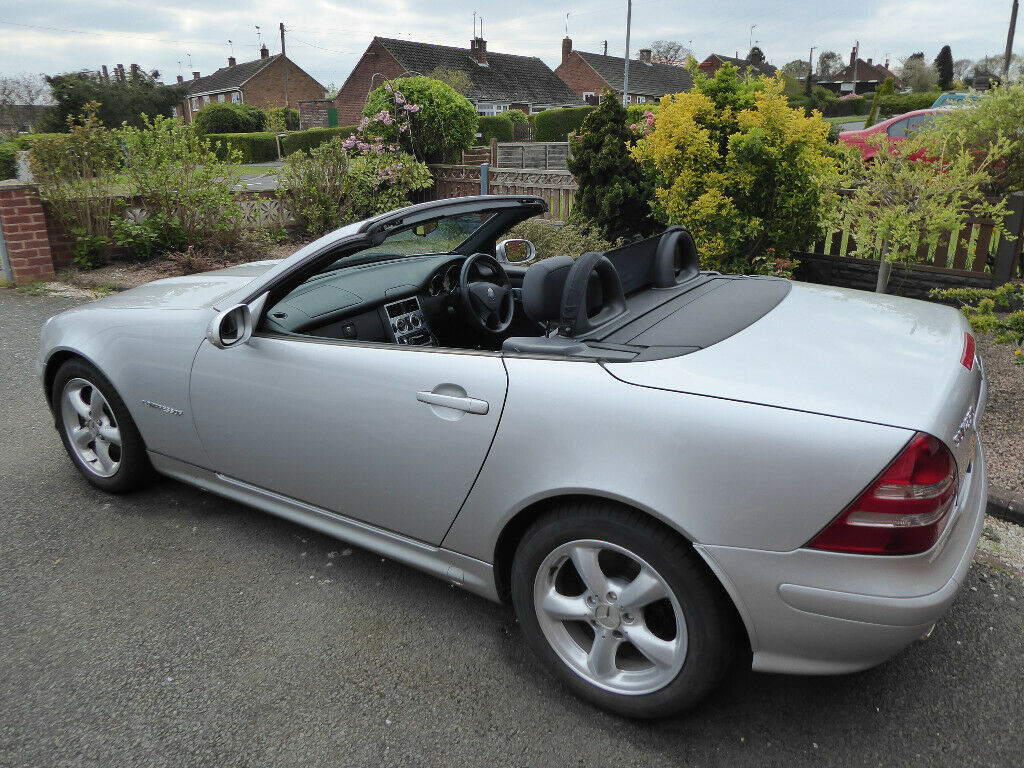 Excellent Condition Low Mileage Silver 2002 Mercedes Benz Slk230 Cabriolet 2dr Auto In Kidderminster Worcestershire Gumtree