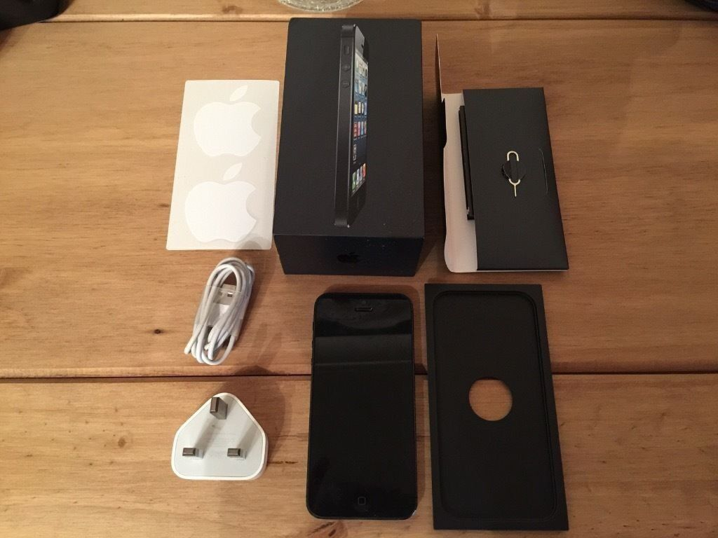 APPLE IPHONE 5 16GB BLACK,FACTORY UNLOCKED,GOOD CONDITION COMES BOXEDin Eccles, ManchesterGumtree - HERE I AM SELLING A APPLE IPHONE 5 16GB BLACK, FACTORY UNLOCKED, GOOD CONDITION. COMES WITH ORIGINAL USB HEADPHONES CHARGER PLUG AND BOX CASH ON COLLECTION CAN DELIVER AT FUEL COST