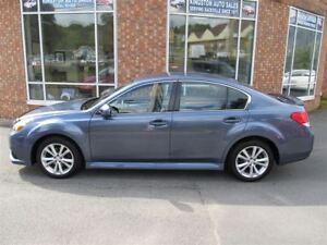 2014 Subaru Legacy 2.5i AWD / Convenience Package