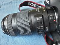 Canon EF 70-300 mm f/4-5.6 IS USM MINT CONDITION
