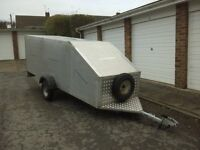 Windsurf Trailer - fully enclosed and lockable