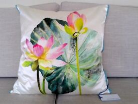 Designers Guild Luxury Cushion - 50cm x 50cm - Brand New With Tags - Nymphaea Camellia