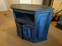Wooden TV cabinet / pedestal, suits corner or flat against wall