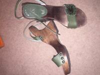 Size 4 Wooden wedges