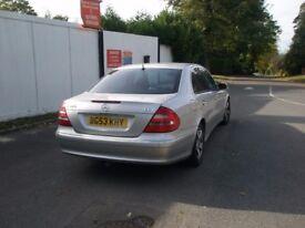 Silver Mercedes e 320 CDI