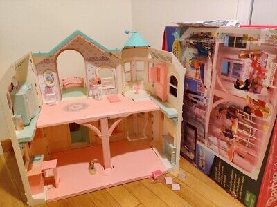 Barbie Deluxe Dream House 1998 with Furniture Pieces Vintage