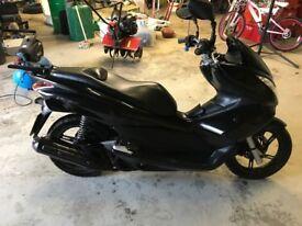 Honda PCX 125cc for sale low milage 6755