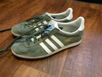 Adidas originals Gazelle ladies trainers size 6. Only worn 4 times. As new.