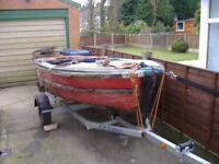 12 ft Fibre glass project boat.