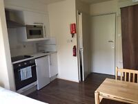 Studio Flat £1051pcm in Queens' Park! /Move in today - No references required!