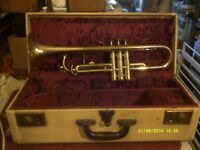 """A GOLD LACQUERED TRUMPET """" THE ZENITH """" In GOOD CONDITION with MOUTHPIECE & CASE"""