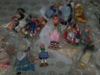 BOX OF FOREIGHN DOLLS ALL 1950s early 60s