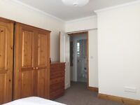 Freshly decorated room close to Victoria station