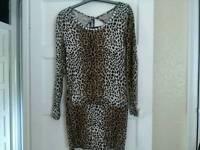 M/L print dress