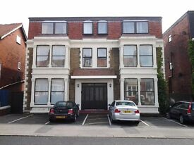 2 bed fully self contained flat with 16 hours per day central heating,adj town centre with parking