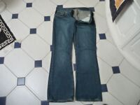 MEN'S JEANS BY NUDIE. SIZE WAIST 34 LEG 32. STUNNING JEANS. COST £80 AND IN GREAT CONDITION.