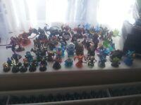 skylanders 65 figurs and cristals gients,trap team;spyros adventures