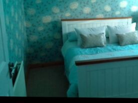 Double room to let in Livingston