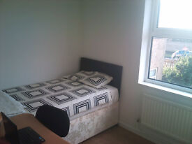Very nice double bedroom walking distance to town